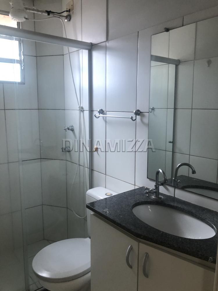Alugar Apartamento / Padrão em Uberaba apenas R$ 800,00 - Foto 5