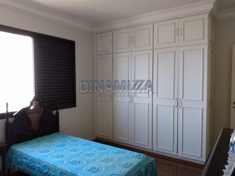 Alugar Apartamento / Padrão em Uberaba apenas R$ 2.200,00 - Foto 14