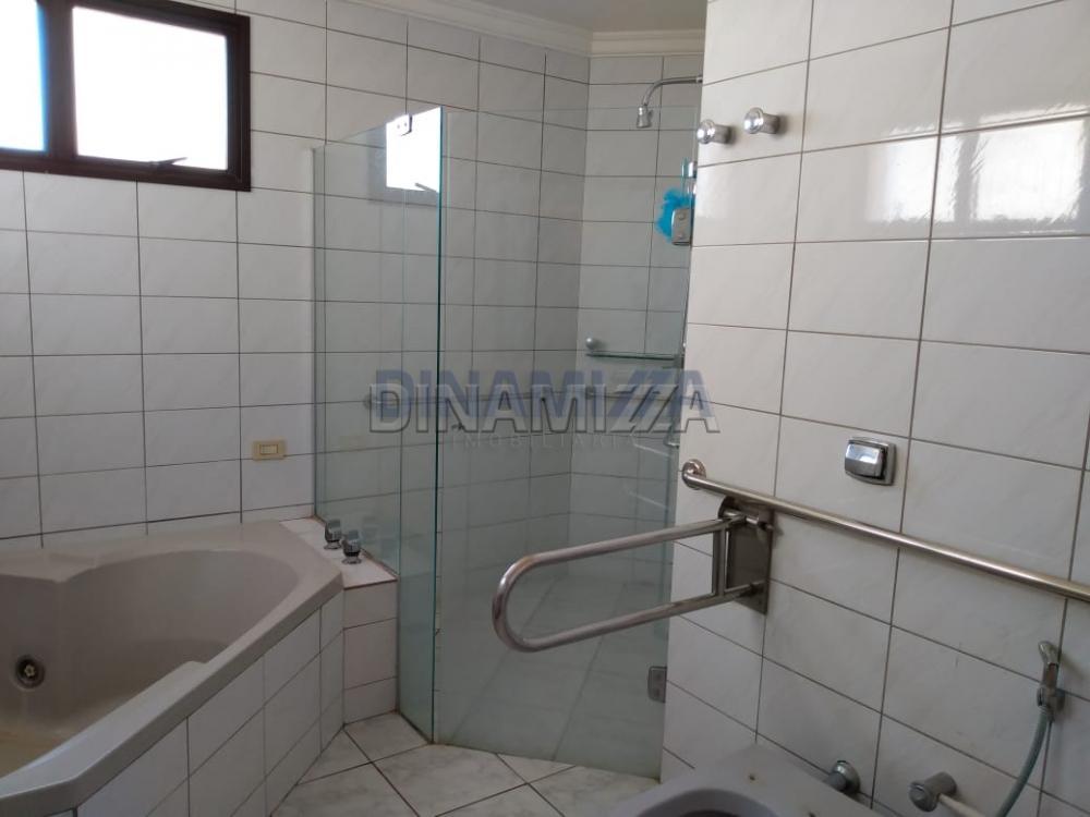 Alugar Apartamento / Padrão em Uberaba apenas R$ 2.200,00 - Foto 30