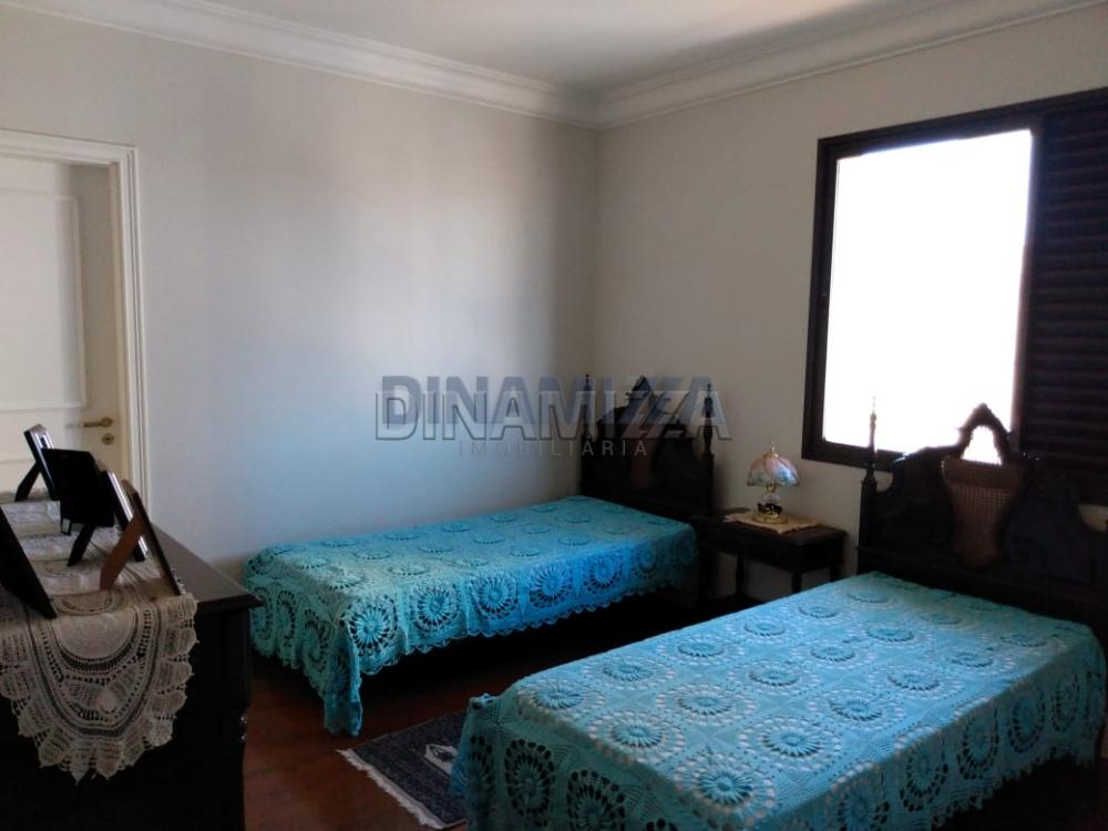 Alugar Apartamento / Padrão em Uberaba apenas R$ 2.200,00 - Foto 15