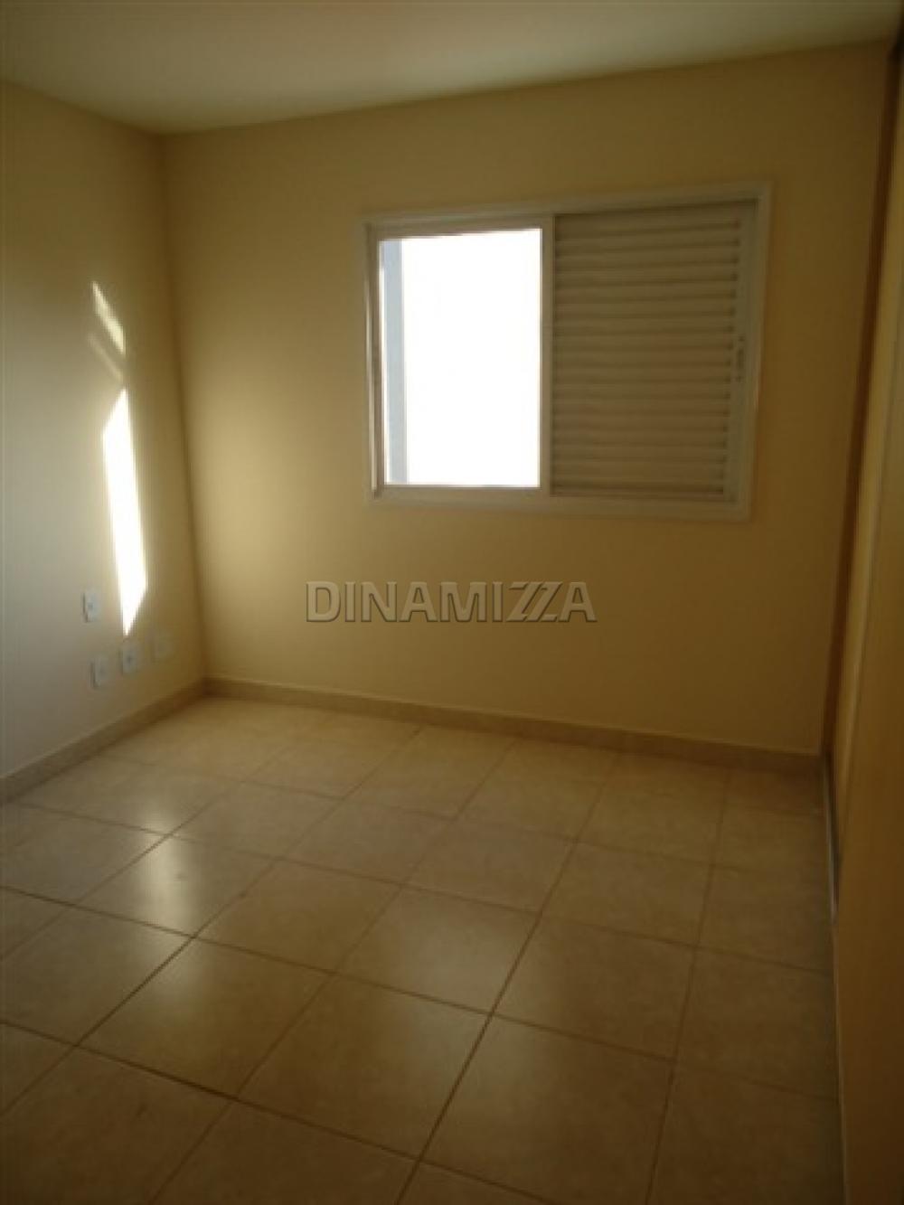 Alugar Apartamento / Padrão em Uberaba apenas R$ 1.200,00 - Foto 6
