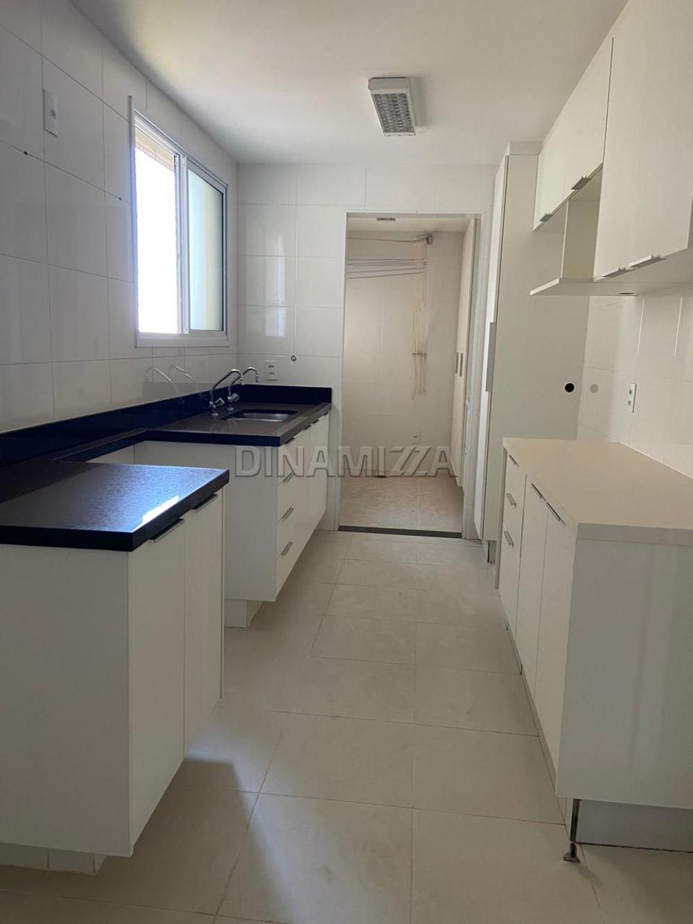 Alugar Apartamento / Padrão em Uberaba apenas R$ 2.700,00 - Foto 9