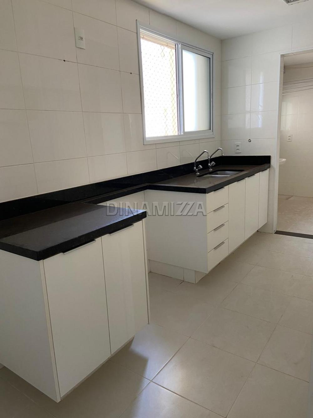 Alugar Apartamento / Padrão em Uberaba apenas R$ 2.700,00 - Foto 10