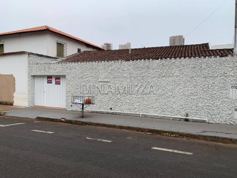 Uberaba Casa Locacao R$ 2.800,00 5 Dormitorios 2 Suites Area do terreno 334.00m2 Area construida 321.00m2