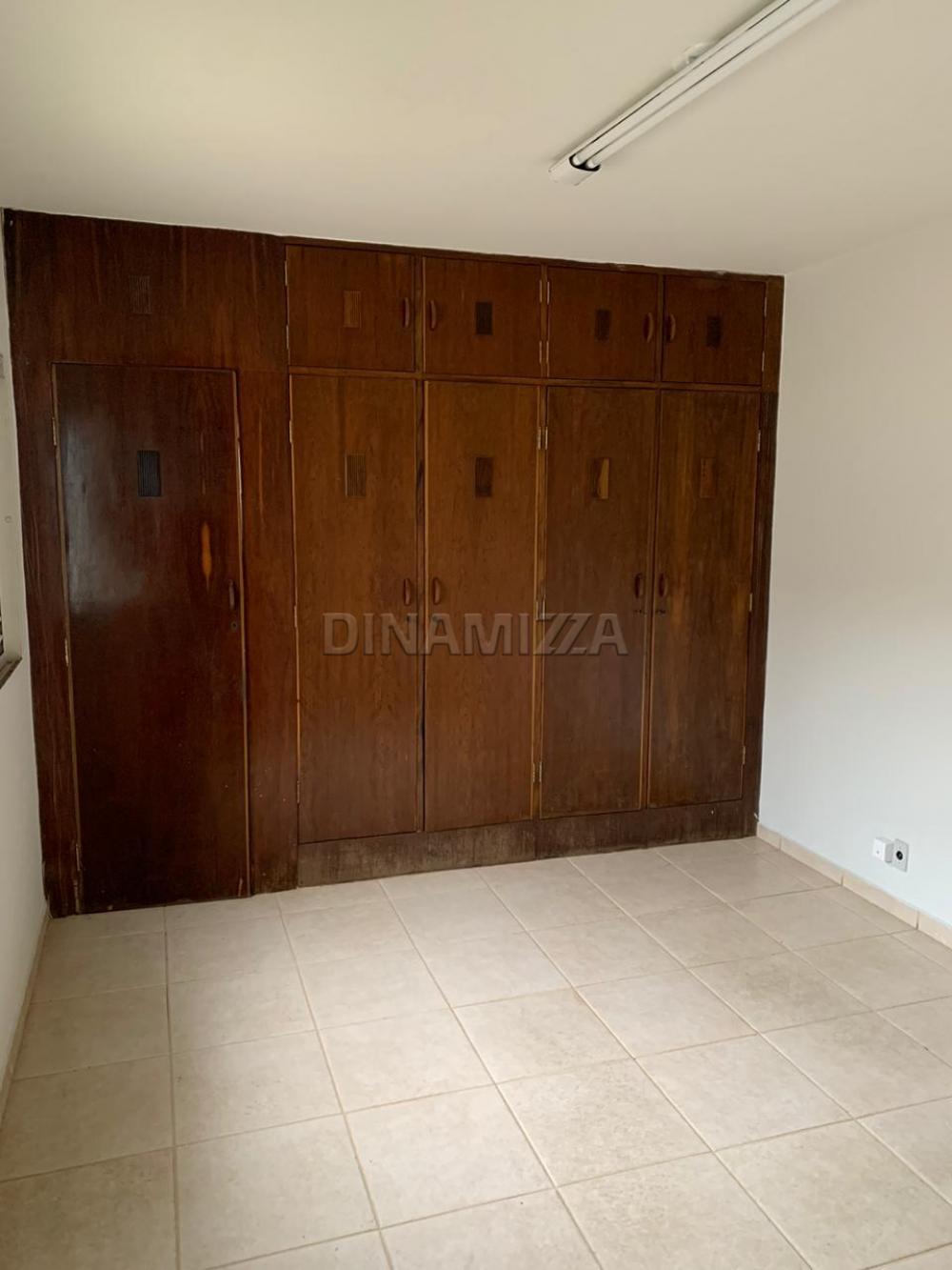 Alugar Casa / Padrão em Uberaba R$ 2.800,00 - Foto 9