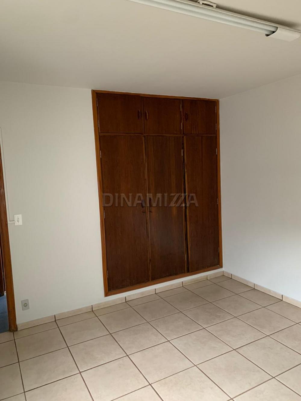 Alugar Casa / Padrão em Uberaba R$ 2.800,00 - Foto 13