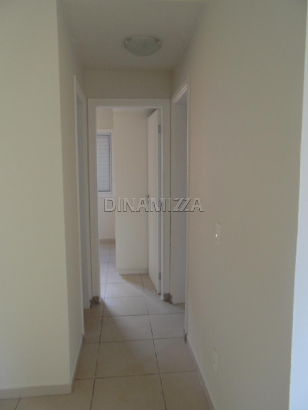 Alugar Apartamento / Padrão em Uberaba apenas R$ 850,00 - Foto 5