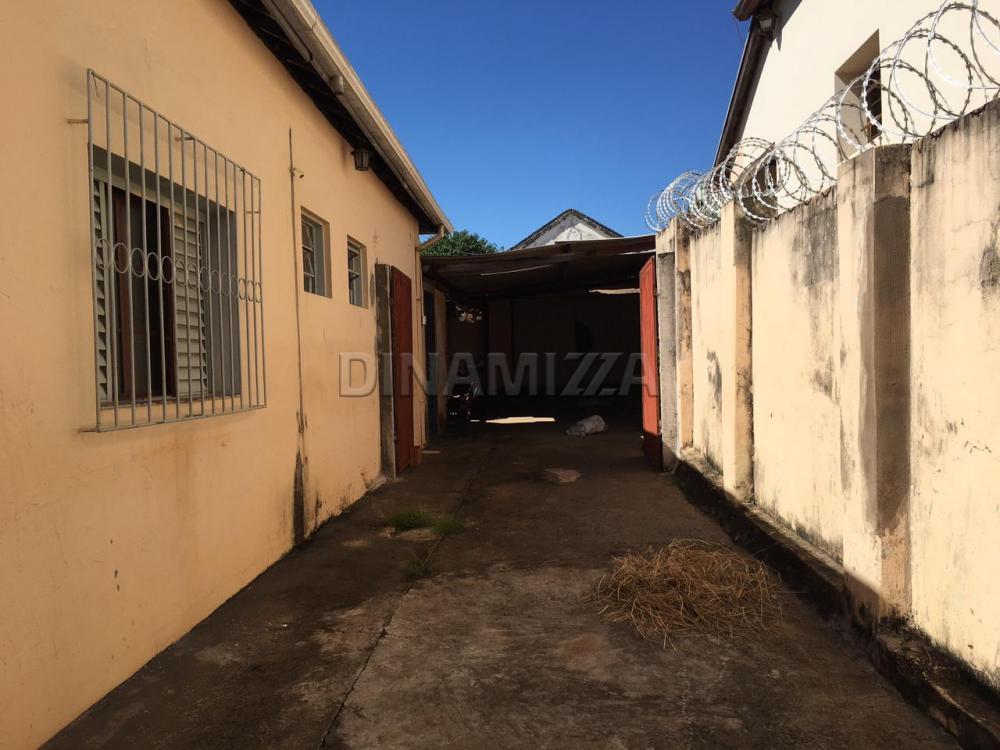 Comprar Casa / Padrão em Uberaba - Foto 2