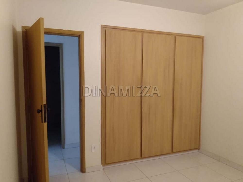Comprar Apartamento / Padrão em Uberaba apenas R$ 315.000,00 - Foto 11