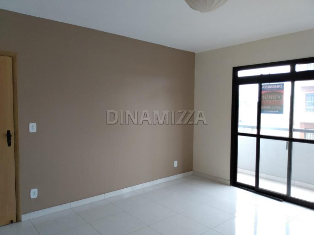 Comprar Apartamento / Padrão em Uberaba apenas R$ 315.000,00 - Foto 2