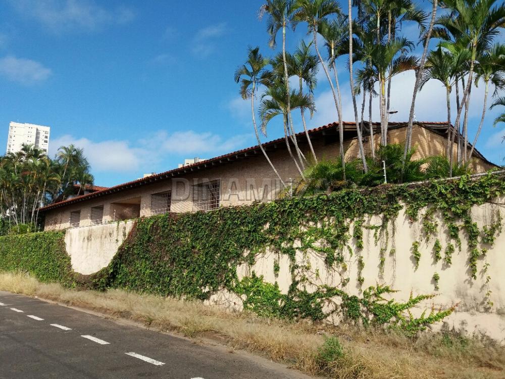 Comprar Casa / Padrão em Condomínio em Uberaba R$ 1.650.000,00 - Foto 2