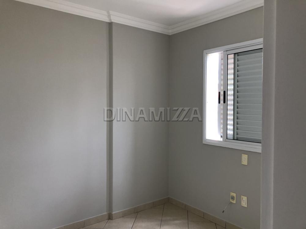 Alugar Apartamento / Padrão em Uberaba R$ 1.200,00 - Foto 12