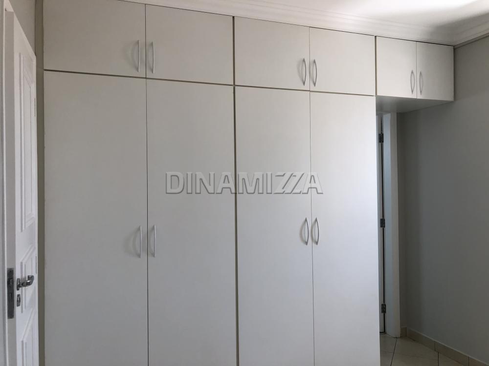 Alugar Apartamento / Padrão em Uberaba R$ 1.200,00 - Foto 15