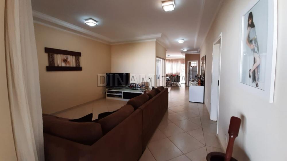Alugar Casa / Padrão em Uberaba apenas R$ 3.500,00 - Foto 9