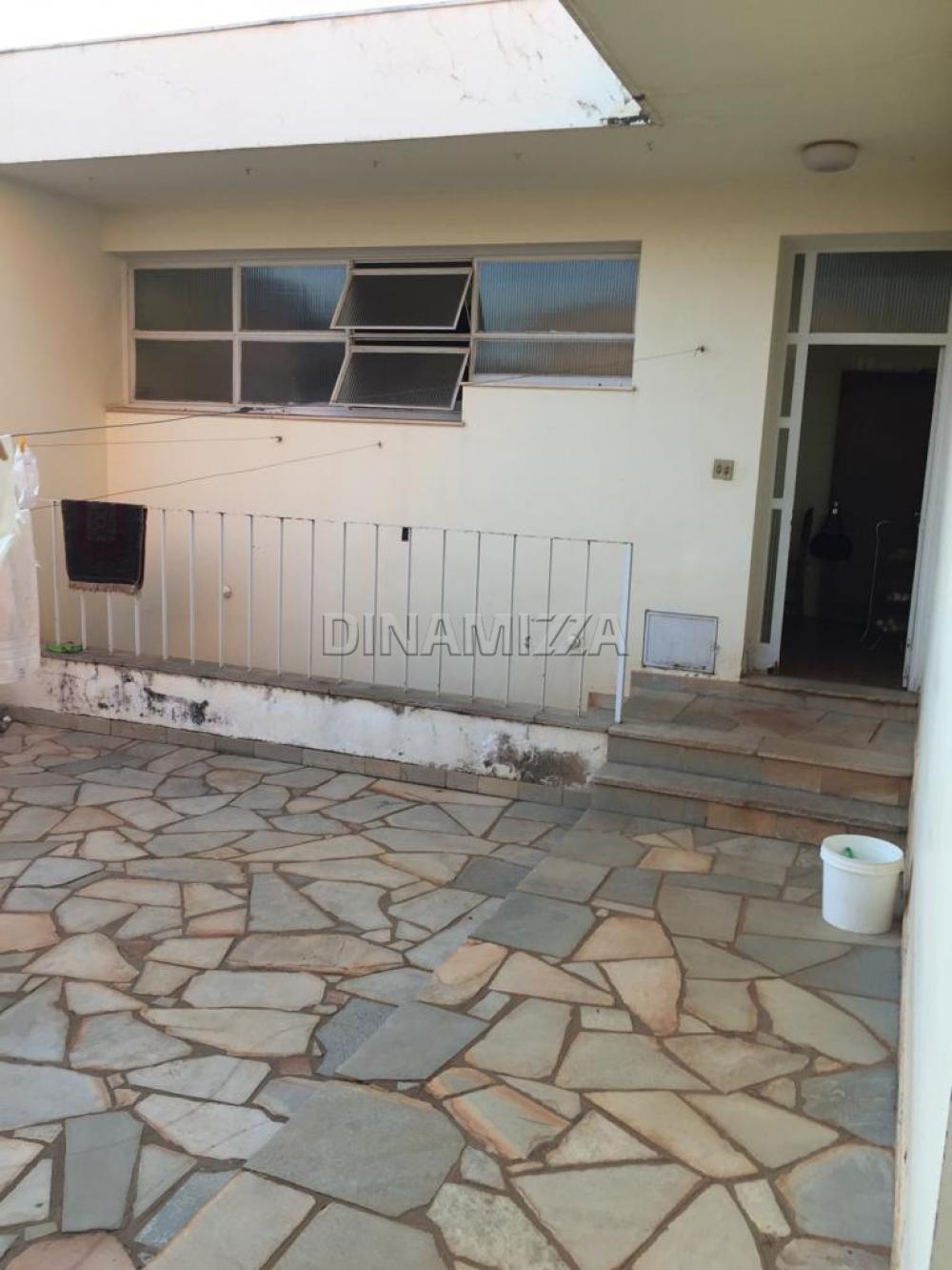Comprar Casa / Padrão em Uberaba R$ 1.200.000,00 - Foto 2