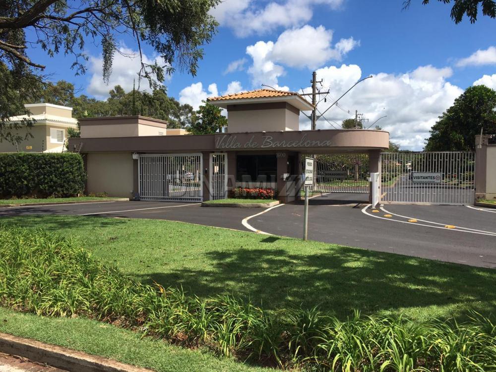 Uberaba Olinda Casa Locacao R$ 4.500,00 Condominio R$500,00 3 Dormitorios 4 Vagas Area construida 208.68m2