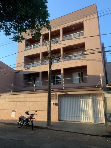 Apartamento / Padrão em Uberaba , Comprar por R$240.000,00