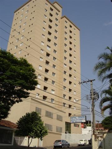 Apartamento / Padrão em Uberaba Alugar por R$1.000,00