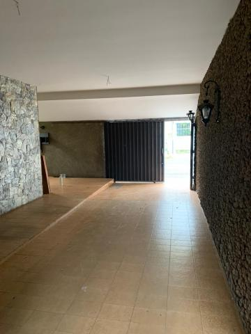 Alugar Casa / Padrão em Uberaba R$ 2.800,00 - Foto 3