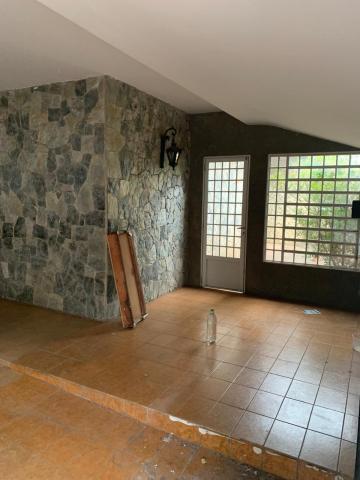 Alugar Casa / Padrão em Uberaba R$ 2.800,00 - Foto 5