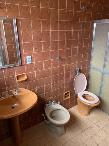 Alugar Casa / Padrão em Uberaba R$ 2.800,00 - Foto 8