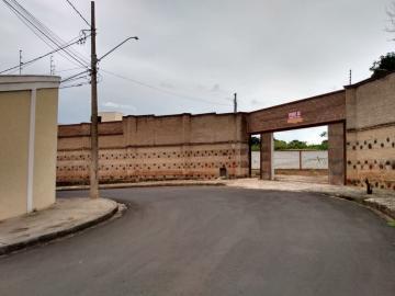 Alugar Terreno / Padrão em Uberaba. apenas R$ 450.000,00