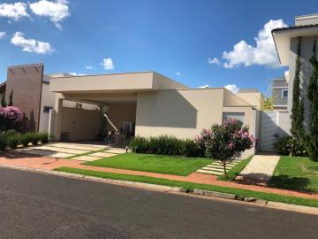 Uberaba Flamboyant Residencial Park Casa Venda R$1.500.000,00 Condominio R$700,00 3 Dormitorios 4 Vagas Area do terreno 528.00m2 Area construida 264.00m2