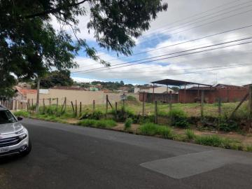 Alugar Terreno / Padrão em Uberaba. apenas R$ 700.000,00