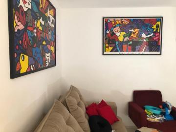 Alugar Apartamento / Padrão em Uberaba. apenas R$ 120.000,00