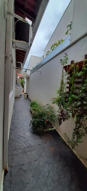 Casa / Padrão em Uberaba , Comprar por R$590.000,00
