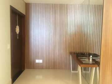Apartamento / Padrão em Uberaba Alugar por R$5.500,00