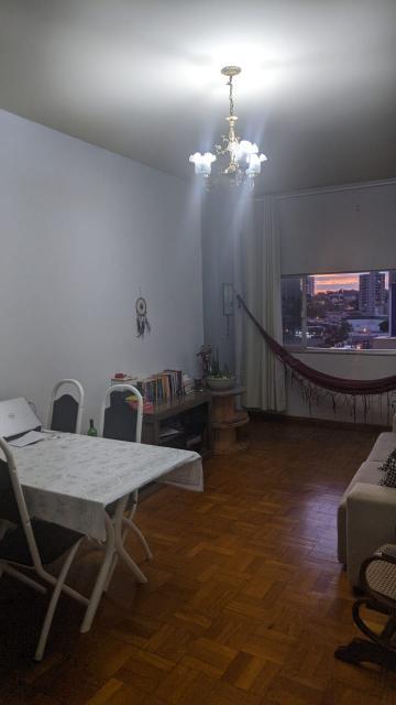 Alugar Apartamento / Padrão em Uberaba. apenas R$ 140.000,00