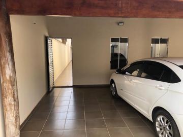 Alugar Casa / Padrão em Uberaba. apenas R$ 495.000,00
