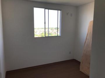 Alugar Apartamento / Padrão em Uberaba R$ 700,00 - Foto 14