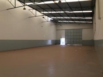 Alugar Comercial / Galpão/Barracão em Uberaba R$ 4.800,00 - Foto 3