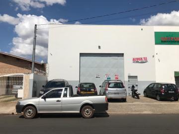 Alugar Comercial / Galpão/Barracão em Uberaba R$ 4.800,00 - Foto 1