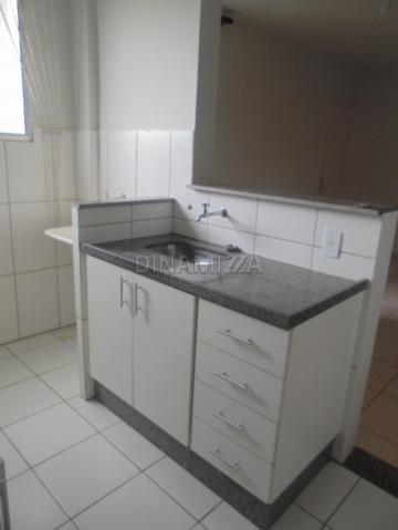 Comprar Apartamento / Padrão em Uberaba R$ 170.000,00 - Foto 3