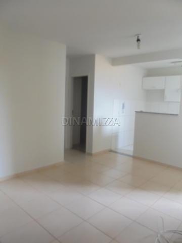 Comprar Apartamento / Padrão em Uberaba R$ 125.000,00 - Foto 4
