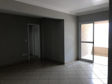 Alugar Apartamento / Padrão em Uberaba R$ 1.200,00 - Foto 4