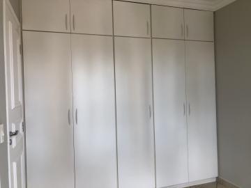 Alugar Apartamento / Padrão em Uberaba R$ 1.200,00 - Foto 13